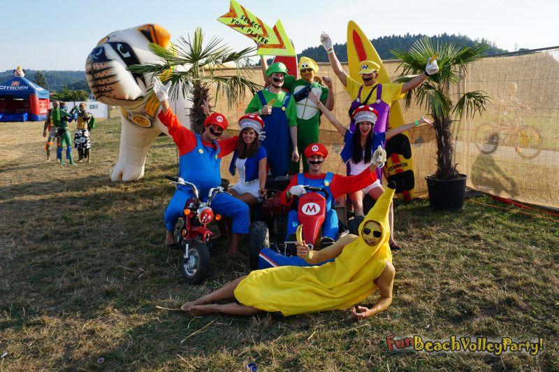 fun-beach-volley-party-hendschiken-teams-0069